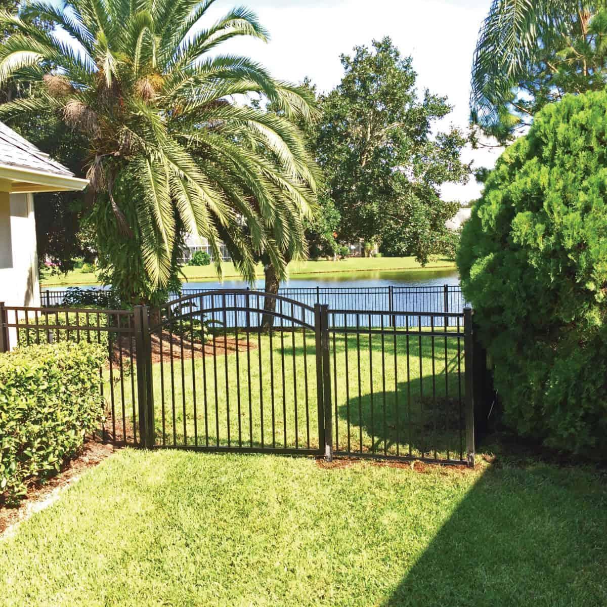 New Port Richey Fence Company Superior Fence 727 619 2741