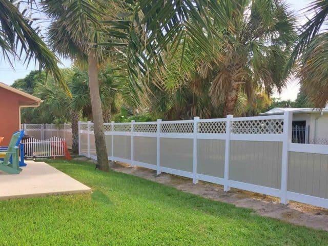 https://www.superiorfenceandrail.com/wp-content/uploads/2017/08/vinyl-fence-cocoa-beach-superior-fence-rail-4-640x480.jpg