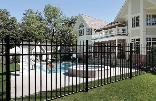 Aluminum Fence Company Sarasota