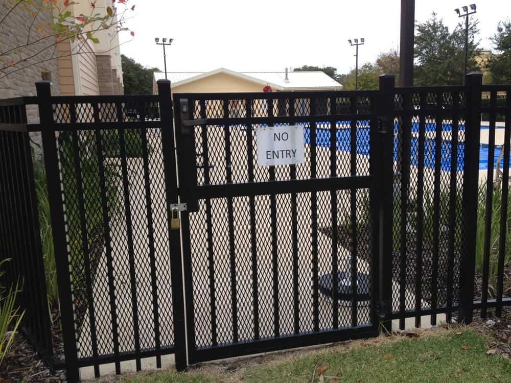 Commercial Aluminum Fence Pictures Florida Commercial