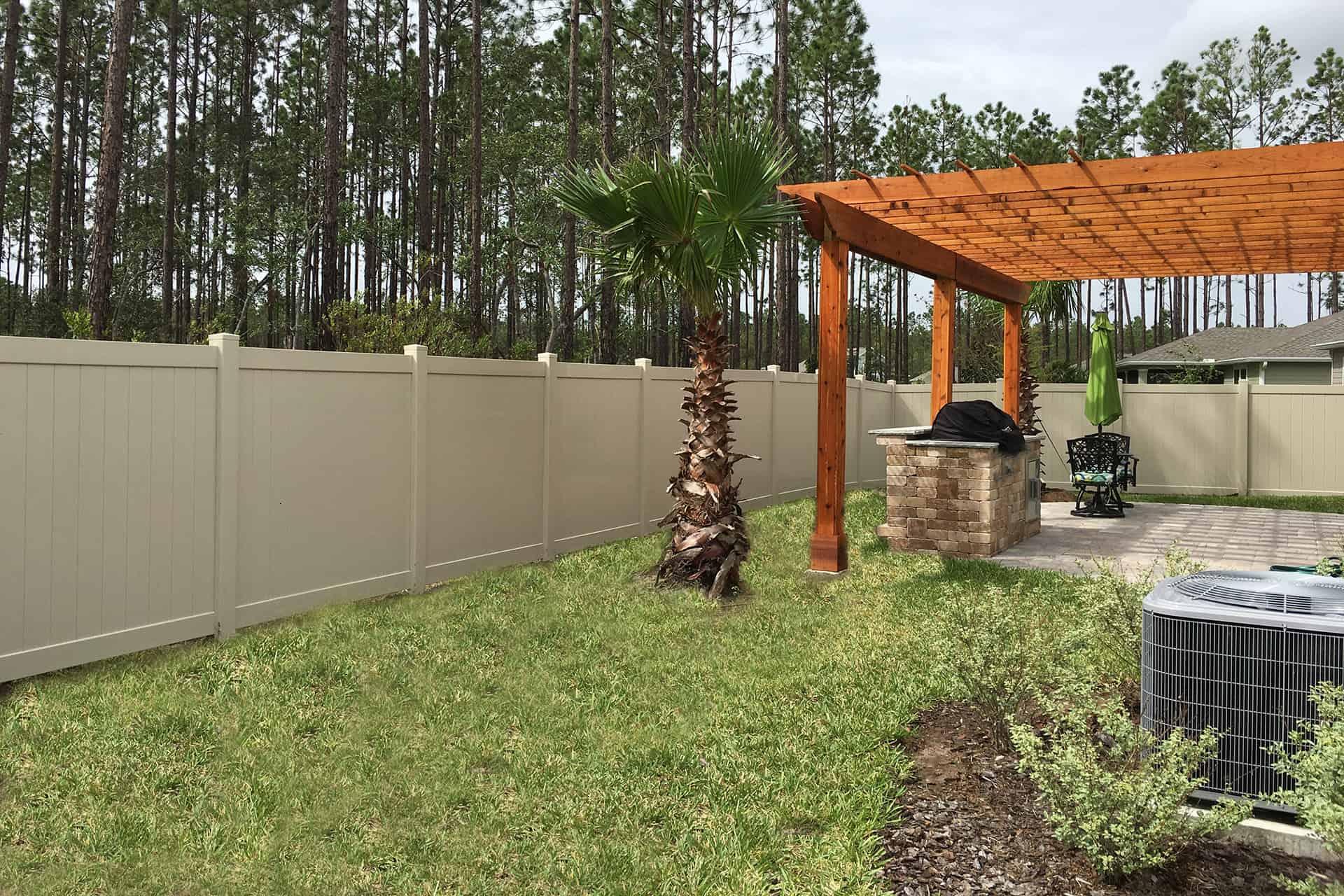 Tan Vinyl Privacy Fence Superior Fence Amp Rail Inc