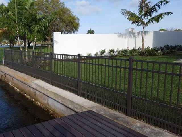 Commercial Aluminum Fence 3