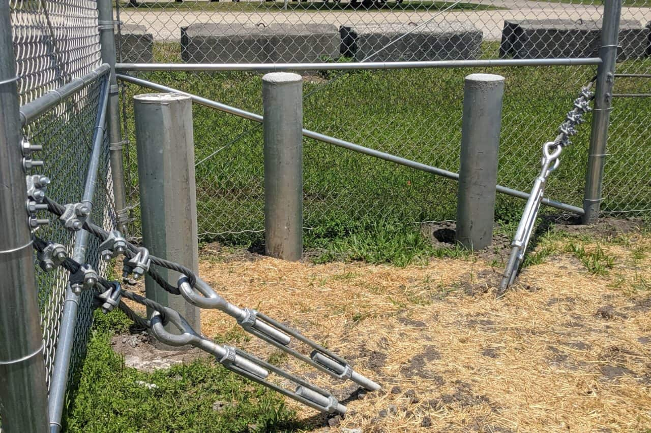 Commercial Chain Link Fence   Superior Fence & Rail, Inc