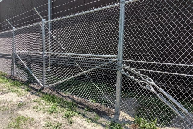 Commercial Chain Link Fence 9