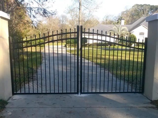 Gates & Entry 10