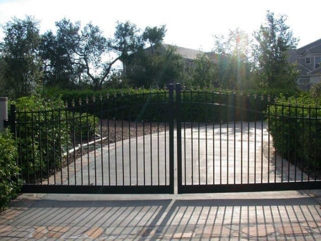 Gates & Entry 7