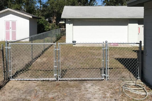 Residential Chain Link Fence 10