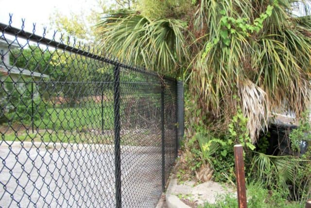 Residential Chain Link Fence 2
