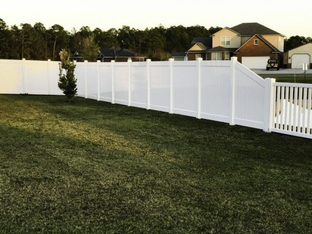 Choose the Franklin TN fence company with over 3,000 stellar customer reviews!
