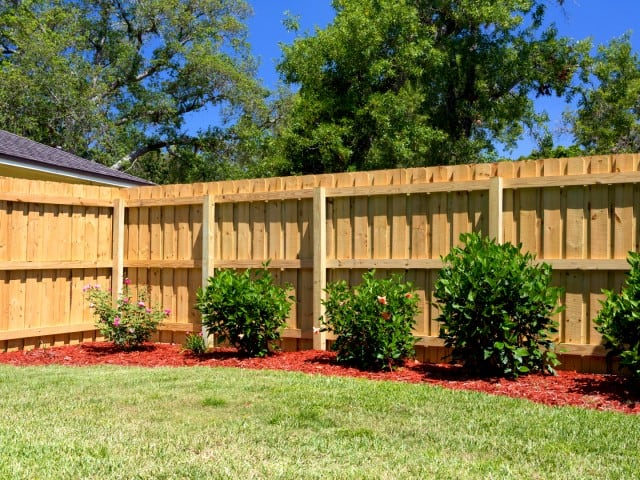 https://www.superiorfenceandrail.com/wp-content/uploads/2020/02/Highest-Rated-McMinnville-Fence-Company-640x480.jpg