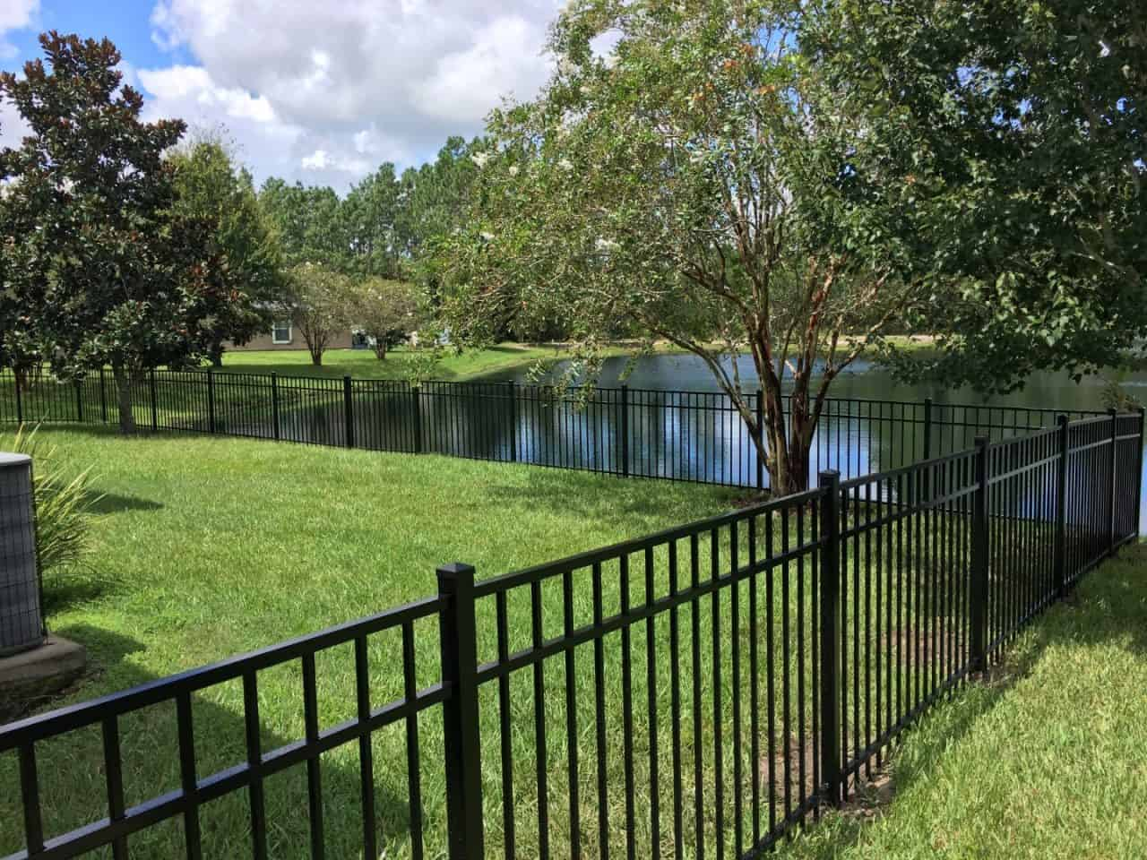 https://www.superiorfenceandrail.com/wp-content/uploads/2020/03/Orlando-Fence-Options-1280x960.jpg
