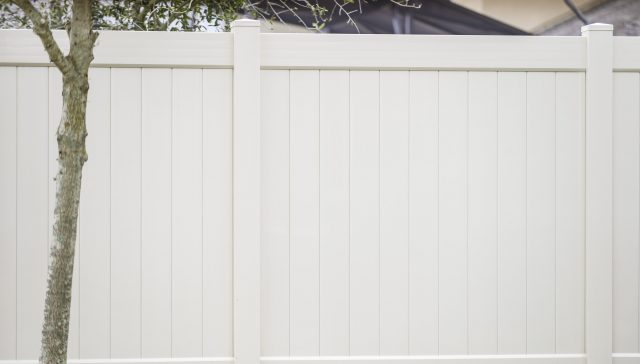 Top 25 Questions to Ask Your Garner Fence Builder