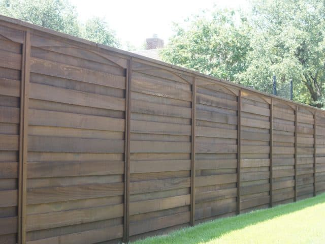 https://www.superiorfenceandrail.com/wp-content/uploads/2020/04/Flower-Mound-Fence-Company-Wood-Fence-640x480.jpg