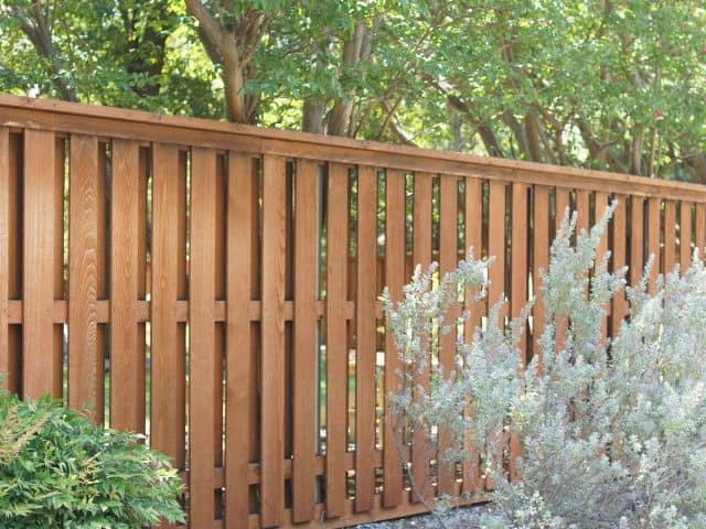 https://www.superiorfenceandrail.com/wp-content/uploads/2020/04/Justin-Texas-Fence-Company-640x480.jpg