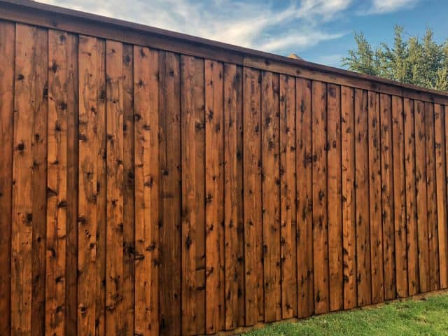 https://www.superiorfenceandrail.com/wp-content/uploads/2020/04/North-Richland-Hills-fence-Company-640x480.jpg