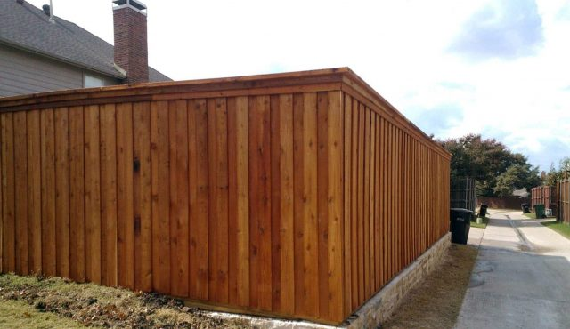 Why choose a cedar fence for your Orlando home?