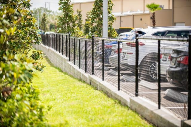 How Much Does It Cost to Hire an Osprey Fence Company?