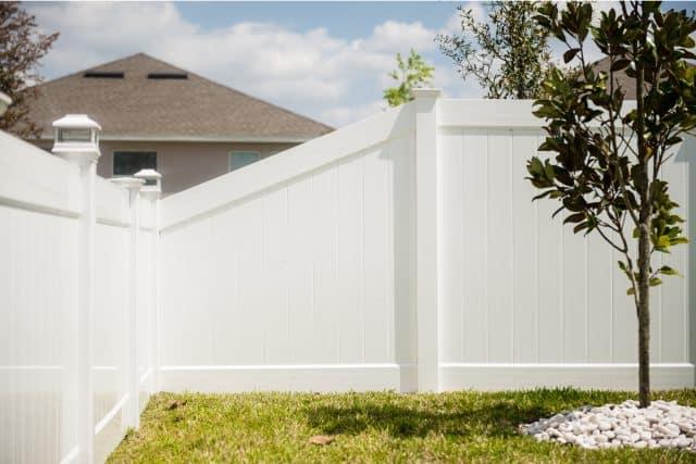 hamilton vinyl privacy fence 4ft to 6f transition