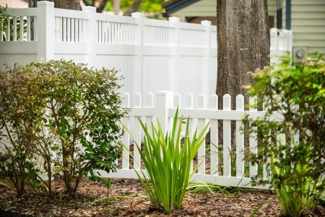 Vinyl Fence - Melrose Vinyl Privacy Fence & Contemporary Picket Fence