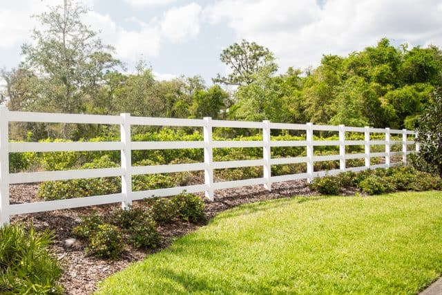 How to Conduct Research to Find the Best Kuna Fence Company