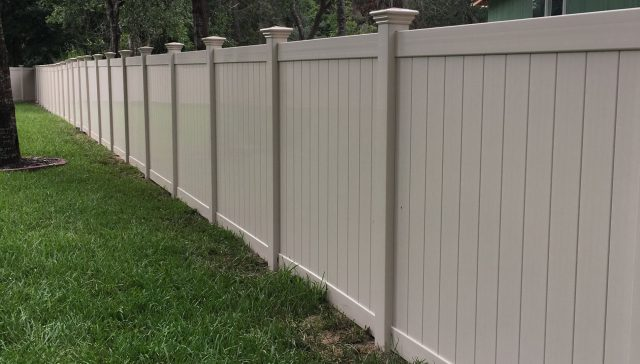 3 Reasons to Hire Pros for Your Chapel Hill Fence Installation