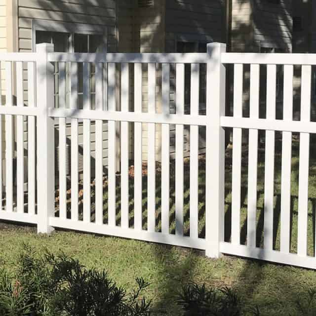What Types of Fences Does a Gainesville Fence Company Sell?