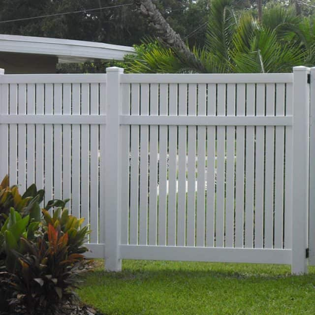 How to Select the Best Sarasota Fence Installation Company