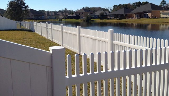 Choose an Orlando Fence Company That Makes First-Class Service A Top Priority