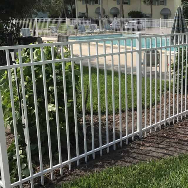 Which Sarasota Fence Company Offers the Best Financing Options?