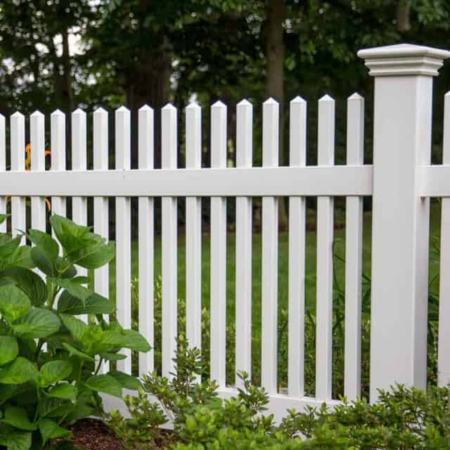 Should You Read Sugar Hill Fence Company Customer Reviews?