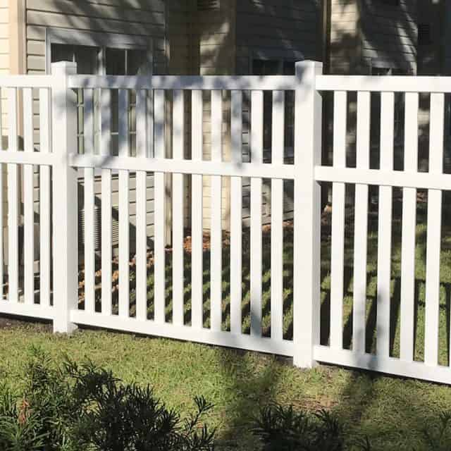 Does a Cary Fence Builder Provide First-Class Customer Service?