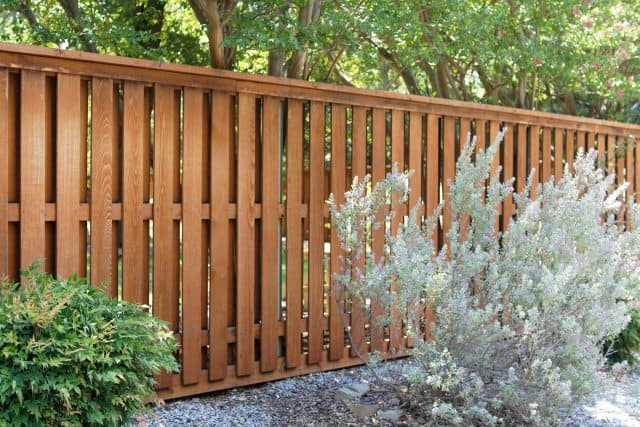 Does an Athens Fence Builder Sell Quality Products?