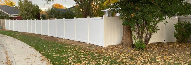 Pros and Cons of Installing a Fence on Your Own vs. Hiring a Boise Fence Company