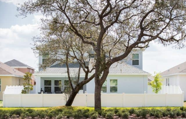 What to Look for in St. Johns County Fence Company Reviews