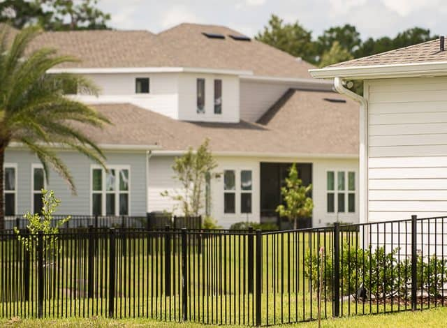 https://www.superiorfenceandrail.com/wp-content/uploads/2021/01/St-Augustine-Fence-Company-640x470.jpg