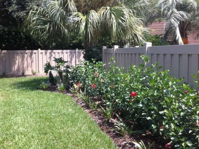 https://www.superiorfenceandrail.com/wp-content/uploads/2021/02/North-Florida-fencing-company-640x480.jpg