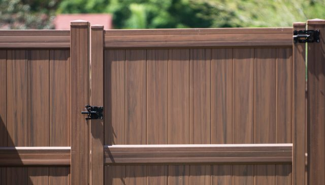 How to Choose a Fort Mill Fence Company