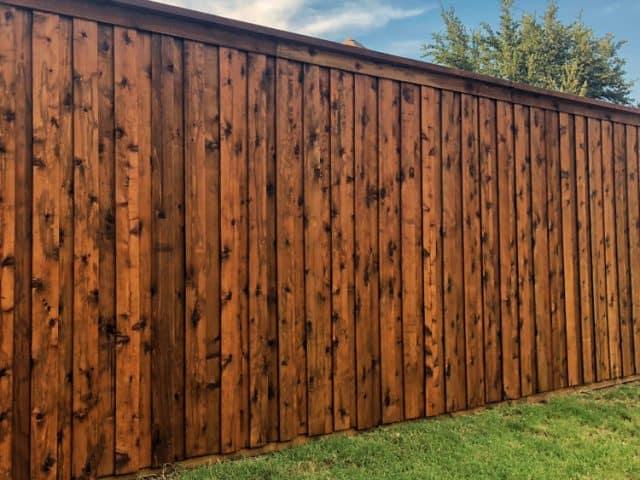 https://www.superiorfenceandrail.com/wp-content/uploads/2021/04/Denver-wood-fence-6-640x480.jpg