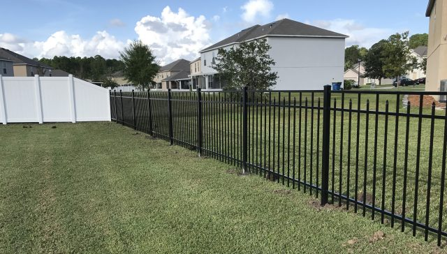 What Largo Fence Company Has Earned Top Grades from Its Customers?